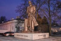 Pomnik Józefa Piłsudskiego w Warszawie (Belweder) wg projektu Stanisława Ostrowskiego