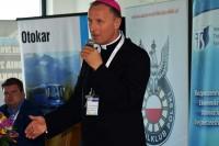 """""""Misja i odpowiedzialność instruktora nauki jazdy"""" to temat wystąpienia ks. bp dra Marka Stolarczyka"""