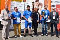 Zwycięzcy i sponsorzy w konkurencji K-2 (próba Stewarda)