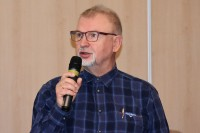 """Tomasz Talarczyk, egzaminator oraz autor podręczniki z zakresu techniki kierowania. """"Szkolenie i egzaminowanie w zakresie techniki i taktyki oraz jazdy energooszczędnej"""""""