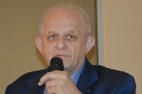 """Prof. Jerzy Pieniążek, neurochirurg: """"Zastosowanie zasad neurofizjologii i ergonomii w prowadzeniu pojazdów i szkoleniu kierowców"""""""