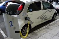 Pojazdy elektryczne. Nicea (Francja). Fot. Jolanta Michasiewicz