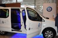 Spotkanie prasowe. Prezentacja pierwszego w Polsce samochodu, który będzie mogła samodzielnie obsługiwać i prowadzić osoba z porażeniem czterokończynowym.