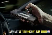 Telefonowanie odwraca uwagę od drogi (2)