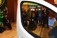 Prezentacja pierwszego w Polsce samochodu, który będzie mogła samodzielnie obsługiwać i prowadzić osoba z porażeniem czterokończynowym