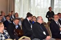 Poseł Sławomir Piechota (z teczką) i uczestniczy konferencji, Warszawa Hotel Hilgon DoubleTree 8 listopada 2017 r.