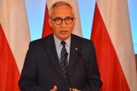 Wiceminister Kazimierz Smoliński sekretarz stanu, odpowiedzialny w resorcie za sprawy mieszkalnictwa i poczty