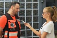 Marcin Borkowski, ratownik medyczny, udziela wywiadu