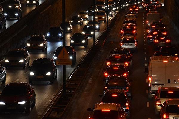 Centralna Ewidencja Pojazdów przyspiesza. Najnowszy projekt noweli ustawy - Prawo o ruchu drogowym