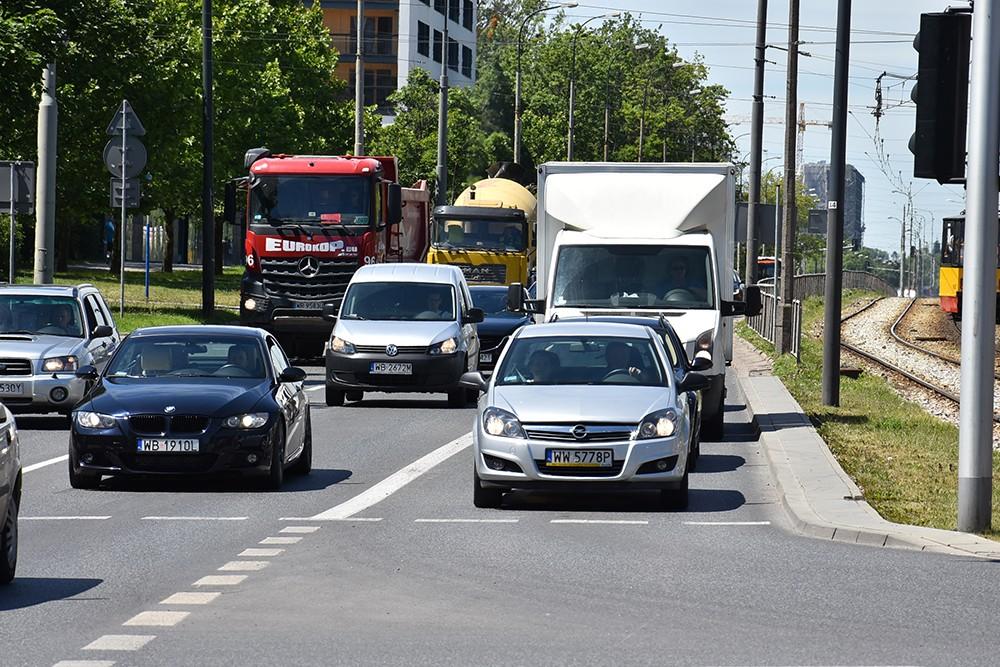 Liczba pojazdów zarejestrowanych w Polsce - wg danych CEPiK (stan na 8.6.2017)