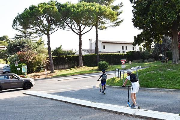 Bezpieczna droga do szkoły - wiele zależy od kierowców