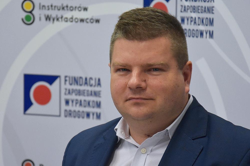 """Mariusz Sztal. Czy """"eLka"""" na dachu jest potrzebna?"""