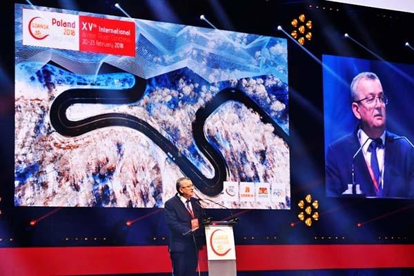 Minister Adamczyk otworzył Kongres Drogowy