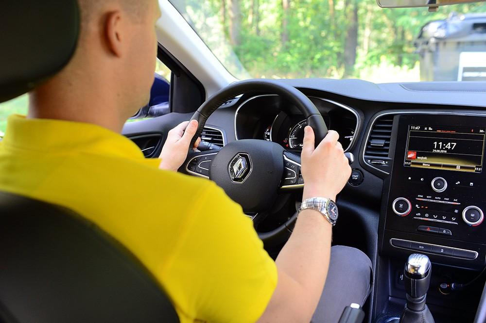 Jak przygotować się do jazdy, by zmniejszyć ryzyko poważnych urazów w razie wypadku?