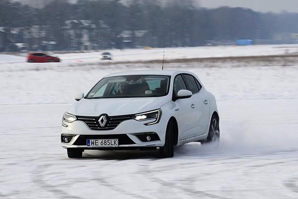 Sztuka jazdy w zimowych warunkach