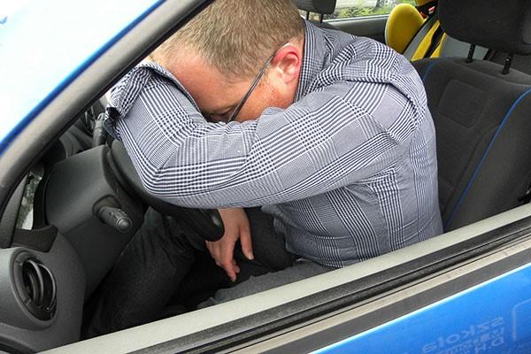Niewyspany kierowca nawet 15 razy bardziej niebezpieczny