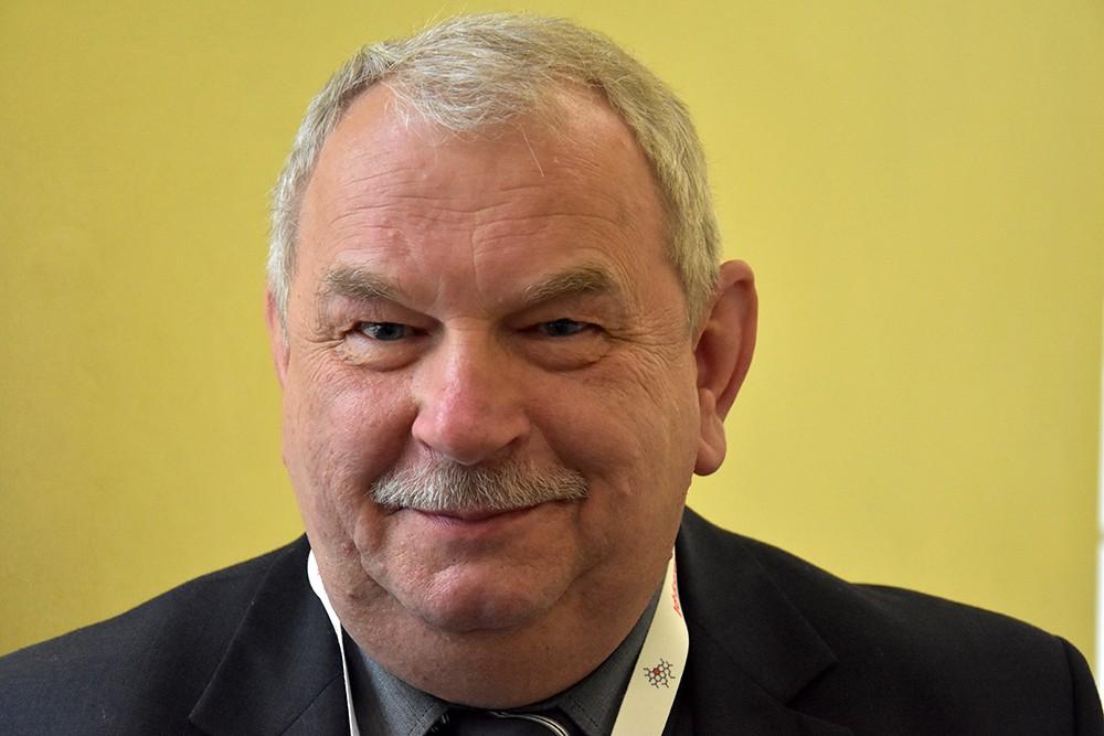 Marek Górny rozmawia z prezesem SKVZY* Jaroslavem Prekopem