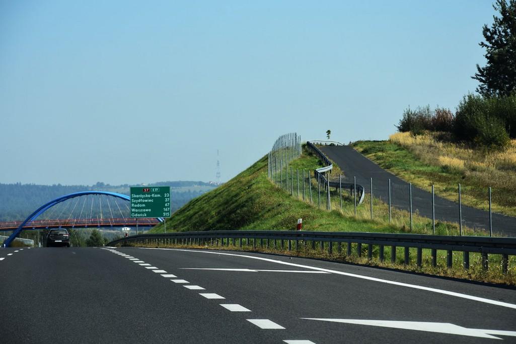 A tzw. osiatkwanie dróg krajowych?