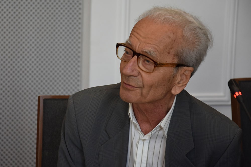 Zbigniew Drexler. Sygnalizatory nad jezdnią