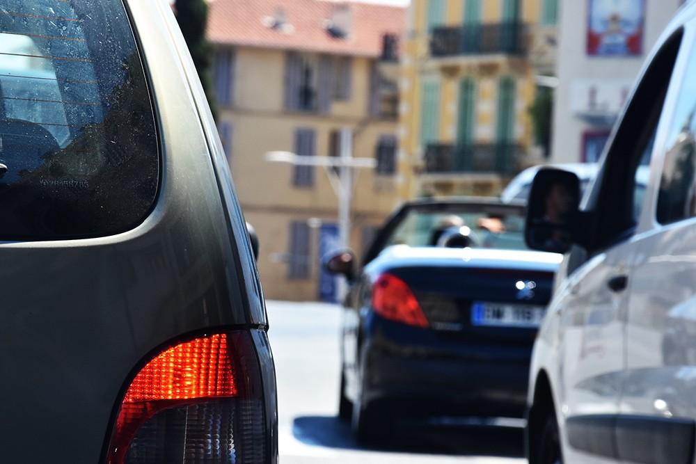 Nie blokuj skrzyżowania i pasów