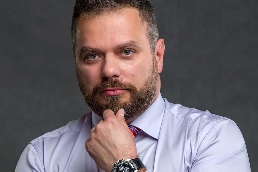 Michał Antoszkiewicz. Obowiązek sezonowej zmiany opon. Pytania i odpowiedzi