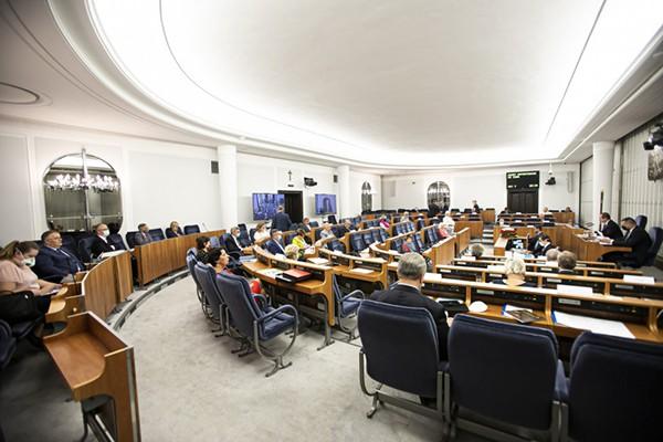 Senat poparł tzw. pakiet deregulacyjny