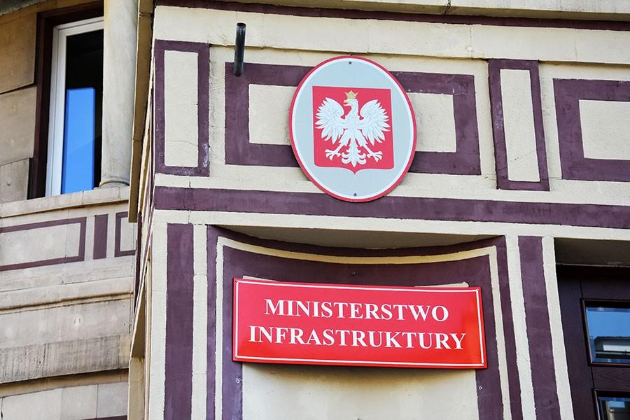 Ministerstwo Infrastruktury. Ułatwienia i oszczędności