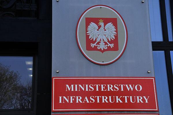 Ministerstwo Infrastruktury w sprawie dopuszczalnej formy prowadzenia zajęć w ramach szkoleń okresowych