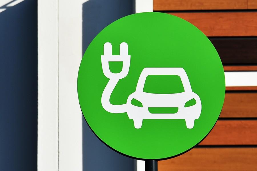 Szansa na więcej punktów ładowania pojazdów elektrycznych