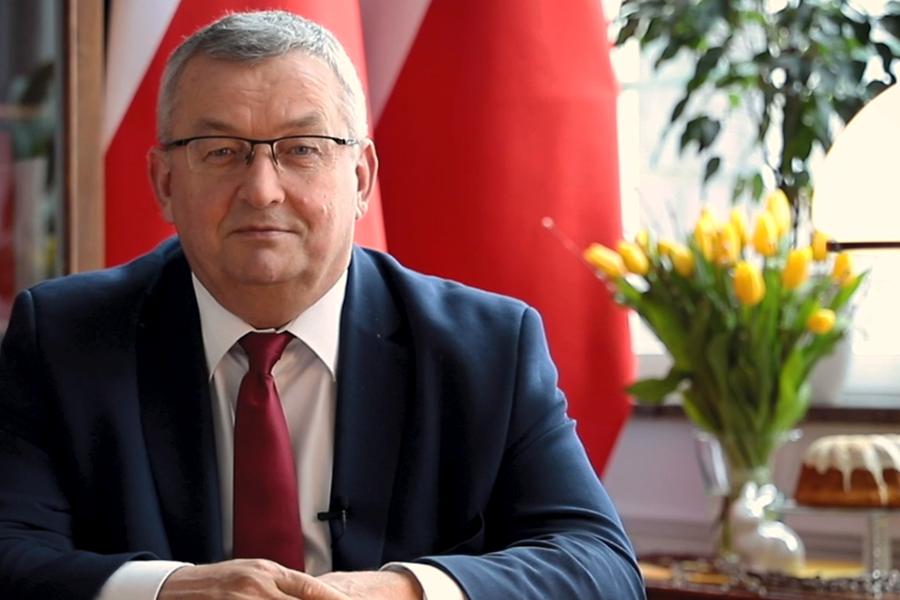 Andrzej Adamczyk, minister infrastruktury: Wesołego Alleluja!