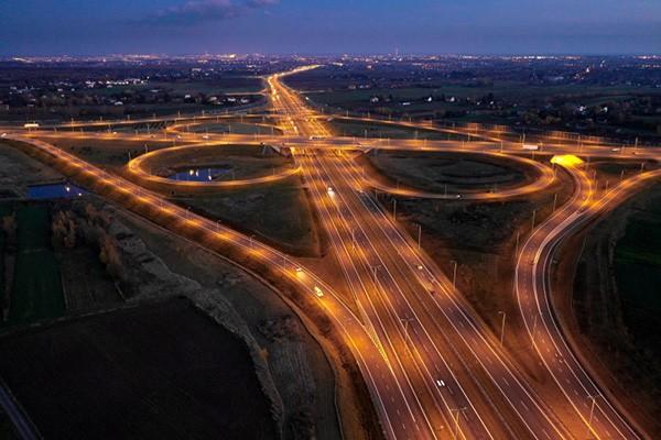 W roku2020oddaliśmy137,7 km dróg - informuje GDDKiA