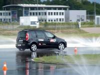 Ostre hamowanie wg szkoły doskonalenia jazdy