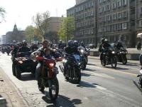 Na drogi wyjechali motocykliści