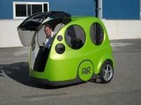 Mały, ekologiczny samochodzik na powietrze