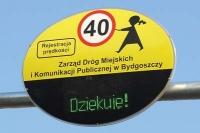 Nowy znak drogowy na przejściu dla pieszych