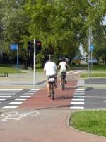 Kodeks drogowy na ścieżce rowerowej (fotorelacja)