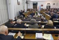 Senatorowie zatwierdzili zmianę terminu bez poprawek