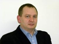 Robert Zawadka: Żółte światło - jechać, czy hamować?