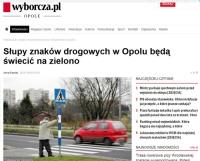 Słupki znaków drogowych będą… zielone i świecące