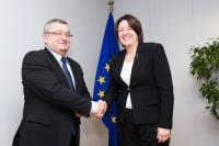 Polscy przedsiębiorcy transportowi są w bardzo trudnej sytuacji - mówił minister Adamczyk