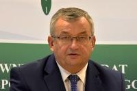 Minister apeluje: nie oszczędzajmy na bezpiecznych przewozach dzieci