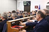 Senat też jednogłośnie w sprawie zamian w ustawie o kierujących