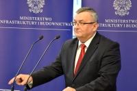 Minister Adamczyk: nowe drogi, nowe standardy ich budowy i bezpieczniejsze drogi