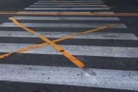 """Trójwymiarowa """"zebra"""" i tzw. kocie oczka – bezpieczeństwo na przejściach dla pieszych"""