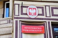 Komunikat Ministerstwa Infrastruktury: Porządkujemy rynek przewozu osób