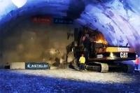 Pierwszy tunel na zakopiance [video]. - To historyczna chwila dla drogowców – mówi minister