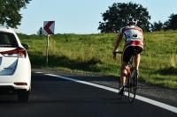 W sprawie obowiązku jazdy drogą dla rowerów