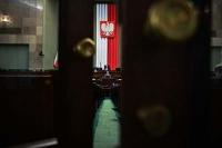 Sejm proceduje. Czy wróci zapis o tzw. 50+ prawa jazdy w obszarze niezabudowanym?